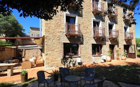 Itálie - Sardinie: Nascar Hotel