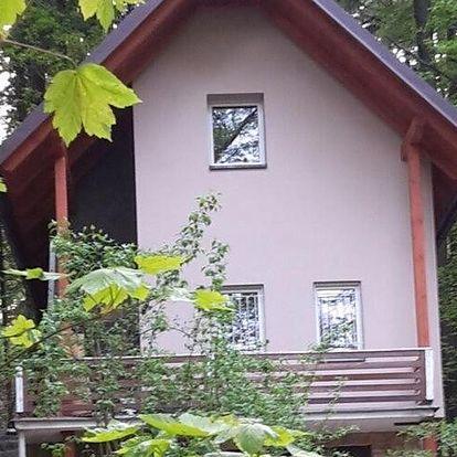 Prachovské skály: Peaceful Holiday Home in Holín with Garden