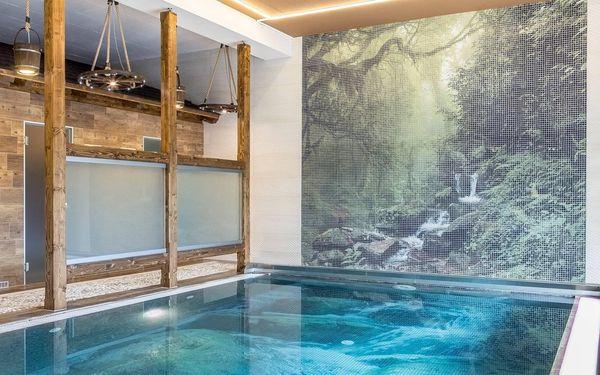 Turistický pokoj se společnou koupelnou pro patro (pro nenáročné)   2 osoby   3 dny (2 noci)   Období St 1. 9. – Pá 24. 9. 2021, St 29. 9. – St 27. 10. 2021, Po 1. 11. – Út 30. 11. 20213
