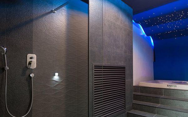 Turistický pokoj se společnou koupelnou pro patro (pro nenáročné)   2 osoby   3 dny (2 noci)   Období St 1. 9. – Pá 24. 9. 2021, St 29. 9. – St 27. 10. 2021, Po 1. 11. – Út 30. 11. 20214