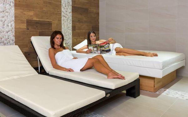 Turistický pokoj se společnou koupelnou pro patro (pro nenáročné)   2 osoby   3 dny (2 noci)   Období St 1. 9. – Pá 24. 9. 2021, St 29. 9. – St 27. 10. 2021, Po 1. 11. – Út 30. 11. 20215