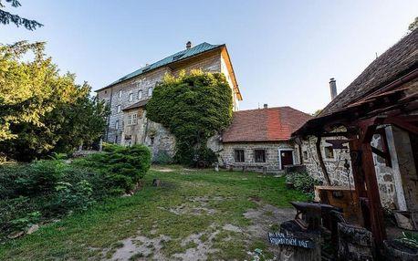 Máchovo jezero: Hájovna hradu Houska