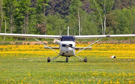 Zážitek s pilotováním Cessny nad hrady a zámky