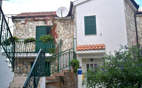 Chorvatsko, Drvenik: Apartmani Kežić Drvenik
