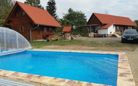 Liberecký kraj: Chalupy Březka - žlutá chalupa