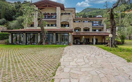 Itálie - Lago di Garda: Hotel Veronesi