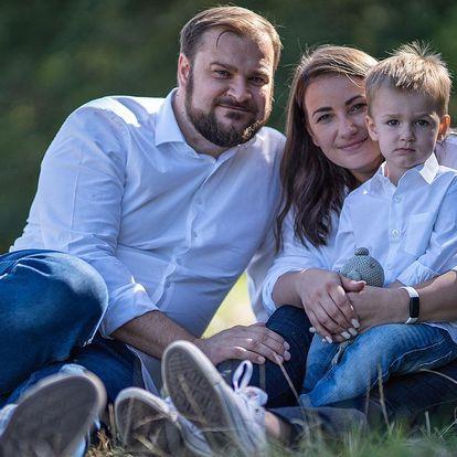 Až hodina venkovního focení rodin, párů i portrétů