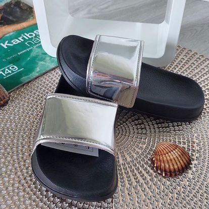 Dívčí pantofle stříbrné 2048-X.SI Velikost: 31 (20 cm)