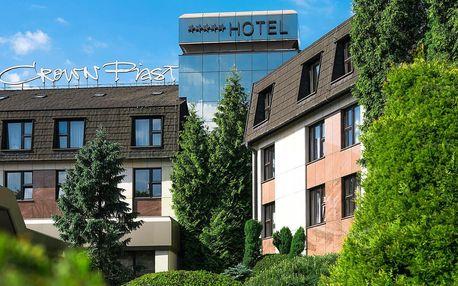 5* Hotel Crown Piast se snídaní v Krakově a wellness