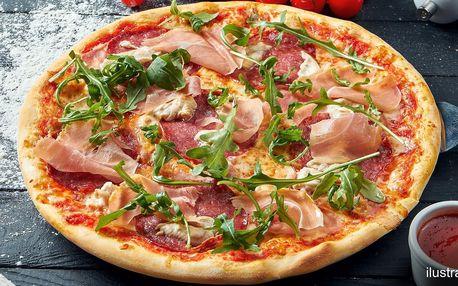 1 nebo 2 půlmetrové pizzy i s nápojem a rozvozem
