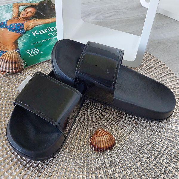 Dámské pantofle černé 2048B Velikost: 38 (24,5 cm)