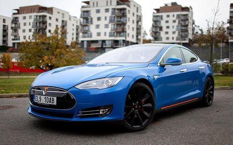Pronájem elektromobilu Tesla S P85D až na 7 dní