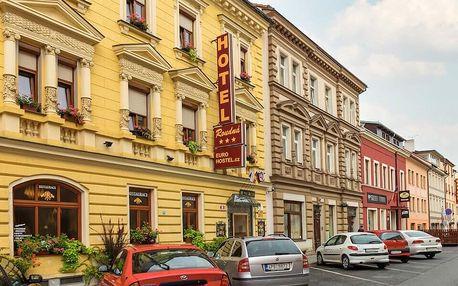 Dovolená v Plzni: hotel se snídaní v centru