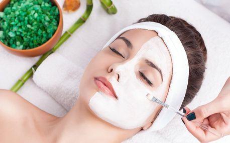 Kosmetické ošetření i laminace a úprava obočí