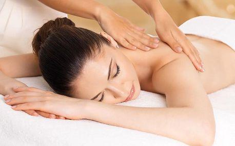 Hodinová masáž dle výběru i parafínový zábal rukou