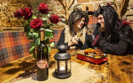 Romantika v Pekle Čertovina s polopenzí a vířivkou