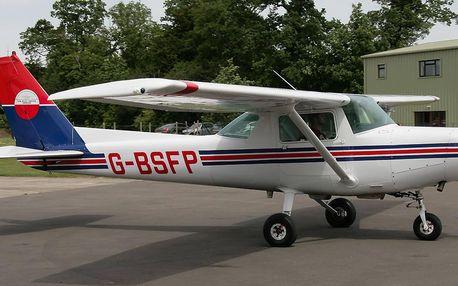 Pilotem letadla na zkoušku a vyhlídkový let v Cessna 152