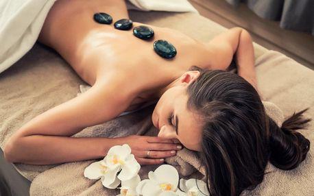 Uvolňující 60 minutová masáž lávovými kameny