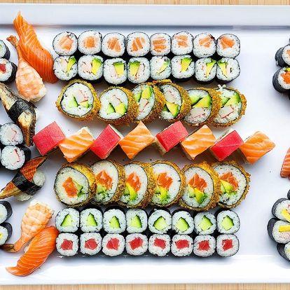 Sety se 42, 52 nebo 74 ks sushi s rybami i zeleninou