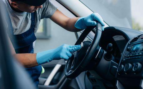 Kompletní čištění interiéru včetně dezinfekce ozonem pro malé i velké vozy