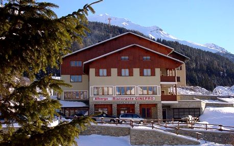 Bormio | Hotel Ginepro** | Skipas | Dítě do 4,99 let zdarma | 3–7 nocí s polopenzí | Vlastní doprava