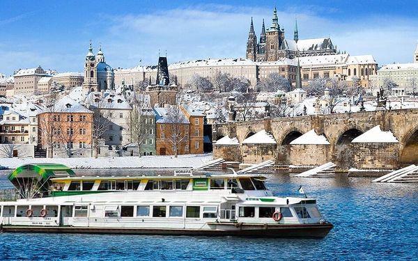 Adventní plavba po Vltavě s cukrovím nebo rautem