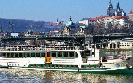 Vyhlídková plavba na Vltavě včetně bufetu