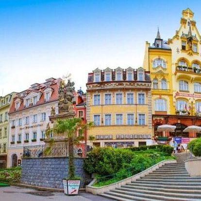 Karlovy Vary v Hotelu Krásná Královna **** se snídaněmi či polopenzí, lázeňskými oplatkami a láhví Becherovky
