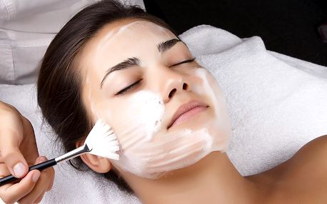 Nabité kosmetické ošetření a balíček kosmetiky