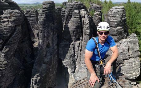 Celodenní lezecký kurz ve skalách až pro 3 osoby
