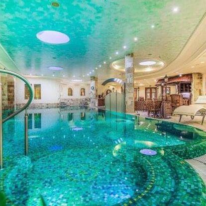 Karlovy Vary: Luxusní Hotel Carlsbad Plaza ***** s neomezeným wellness s 5 bazény a 7 druhy saun + snídaně