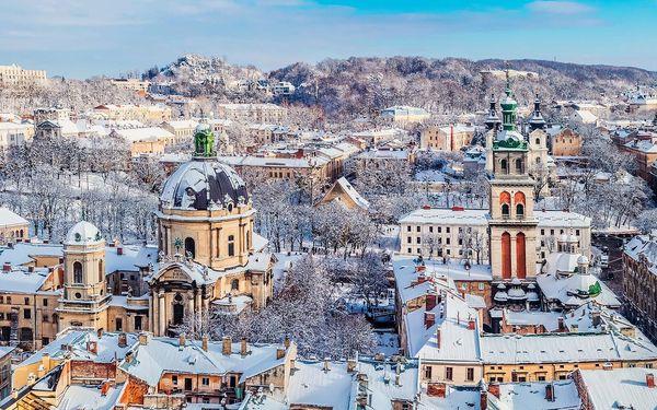 Vánoce na Východě: adventní výlet busem do Lvova