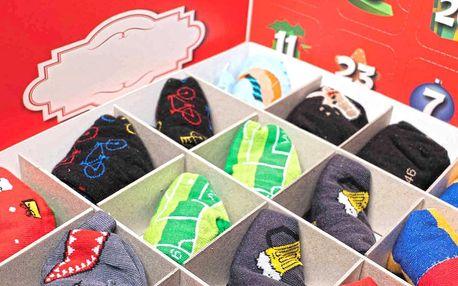 Adventní kalendář s veselými ponožkami: 12 párů