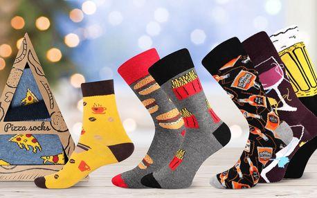 Sety vtipných ponožek. Motivy pizzy, vína, avokáda aj.