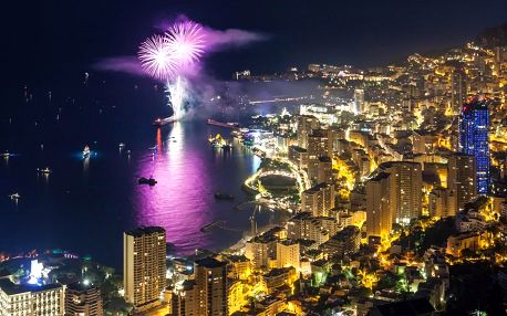 Oslavte silvestra v Monaku, doprava autobusem