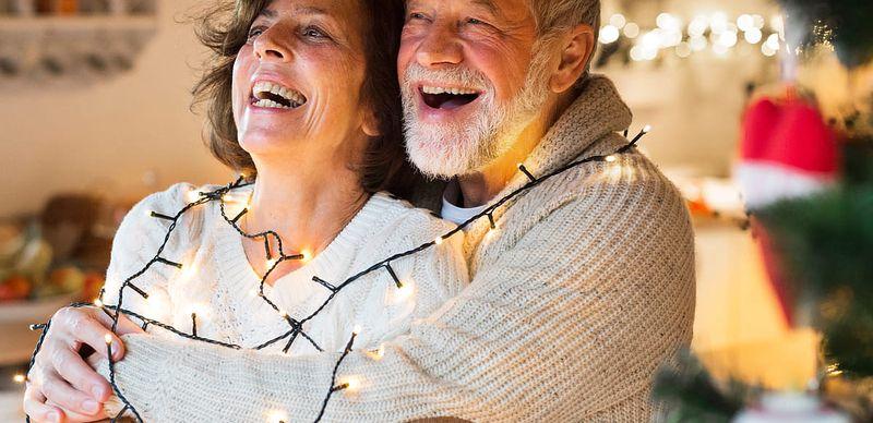 Vánoční Skrz Tip: Čím potěšíte babičku a dědu?
