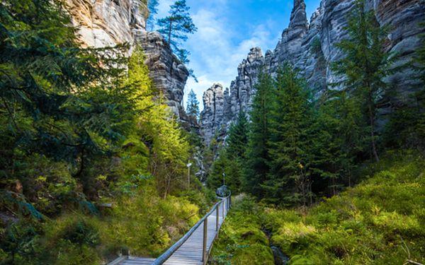 Zchlaďte se v českých skalách